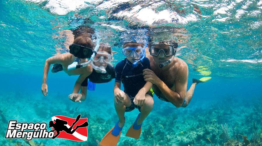 Mergulho nas Ilhas Turcas e Caicos